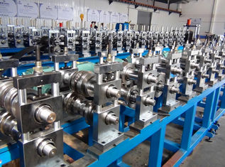 400mm Width Of Coil Over Rack Roll Forming Machine With Gear Box Transmission